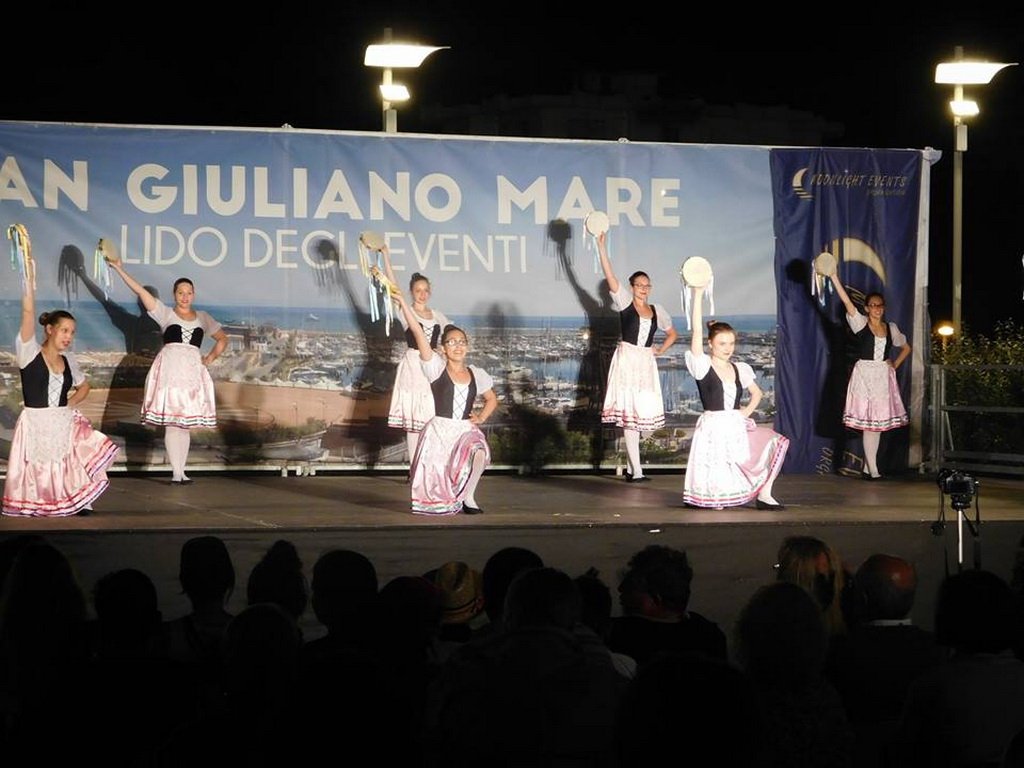 list of folklore festivals